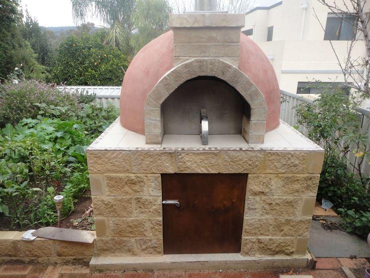 Forno in muratura caminetti moderni installare forno - Forno barbecue muratura esterno ...