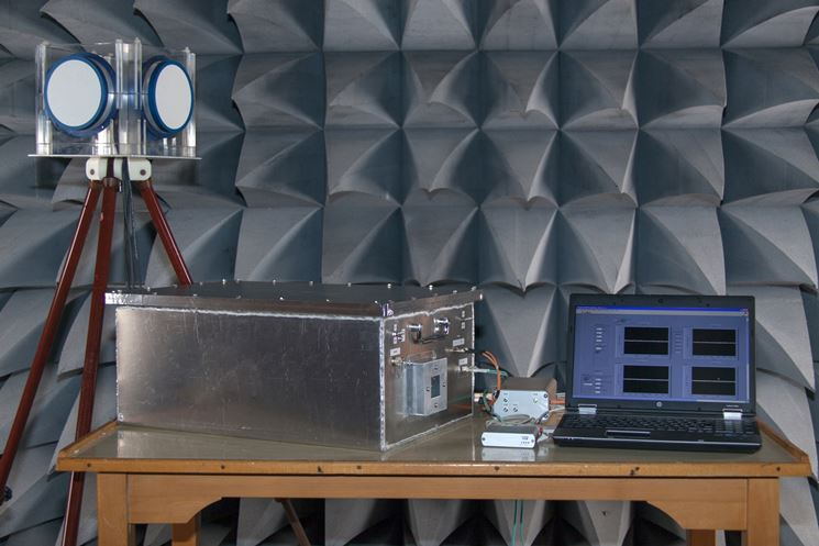 Strumentazione pe la rilevazione di campi elettromagnetici