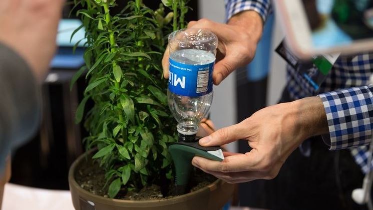 Irrigazione a goccia su vaso