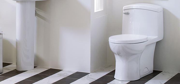 wc con cassetta di scarico incorporata
