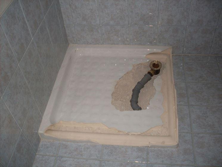 Piatti doccia in pietra fai da te - Posare un piatto doccia ...