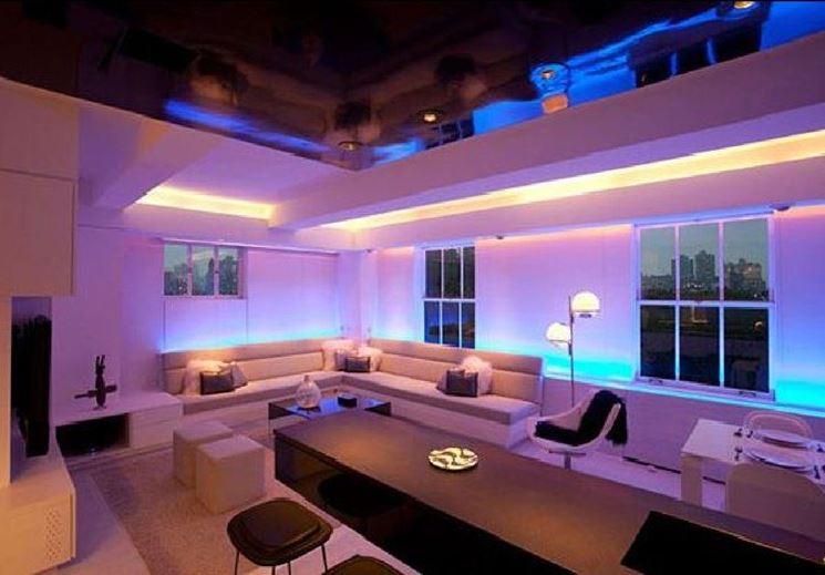 Casa illuminata a led