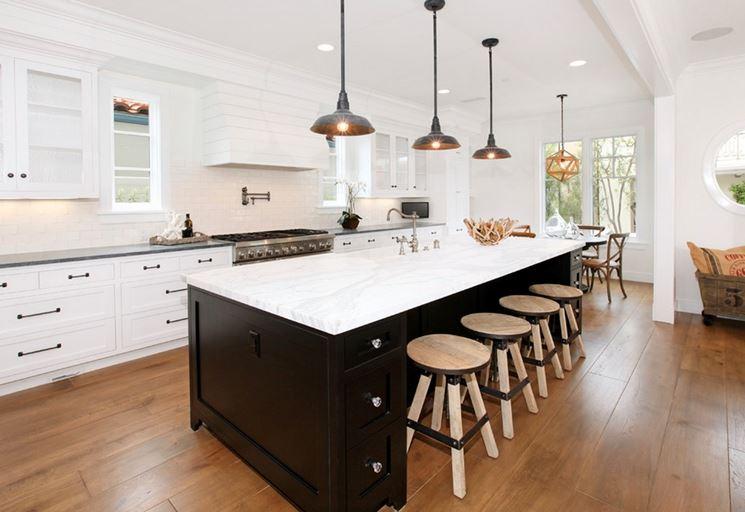 Lampade sospese in cucina