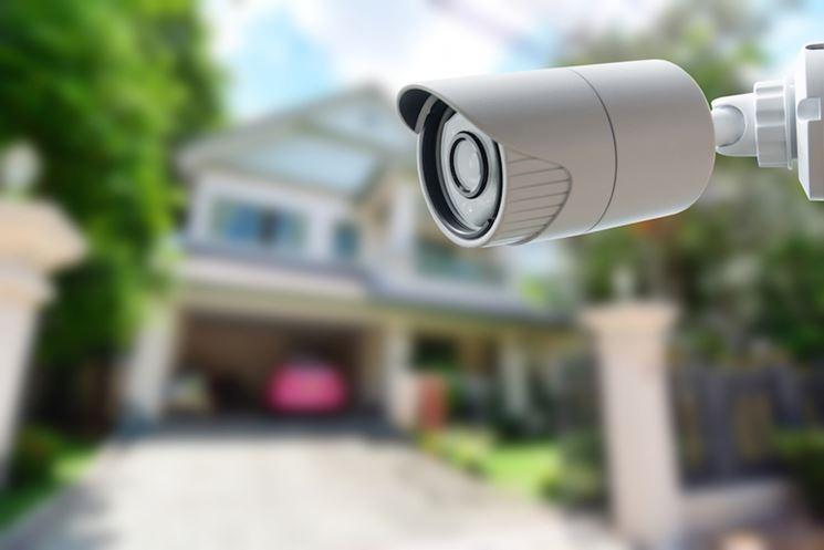 Casa videosorvegliata con impianto di sicurezza