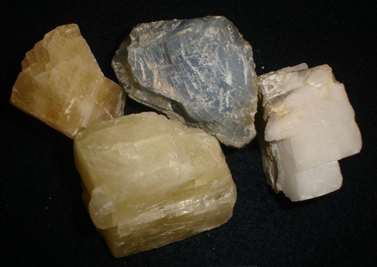 Minerali calcite