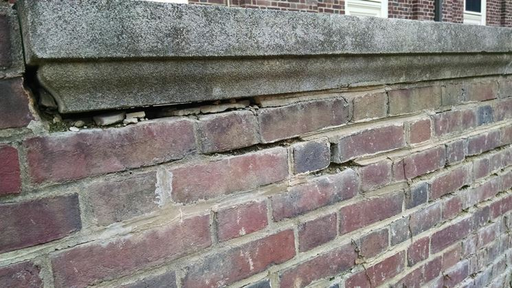 Muro costruito con la malta bastarda