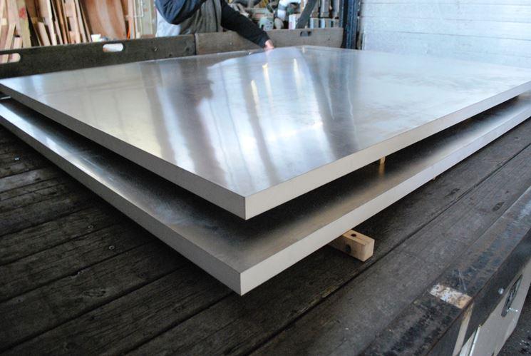 rivestimento isolante metallico