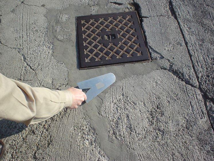 Cemento a presa rapida per riparazioni