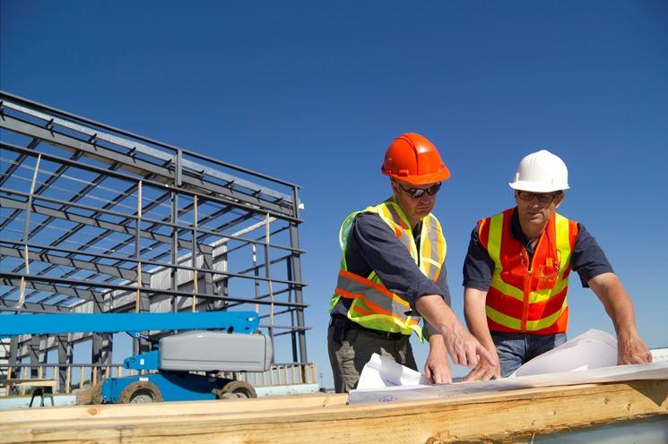 realizzare costruzioni edilizie
