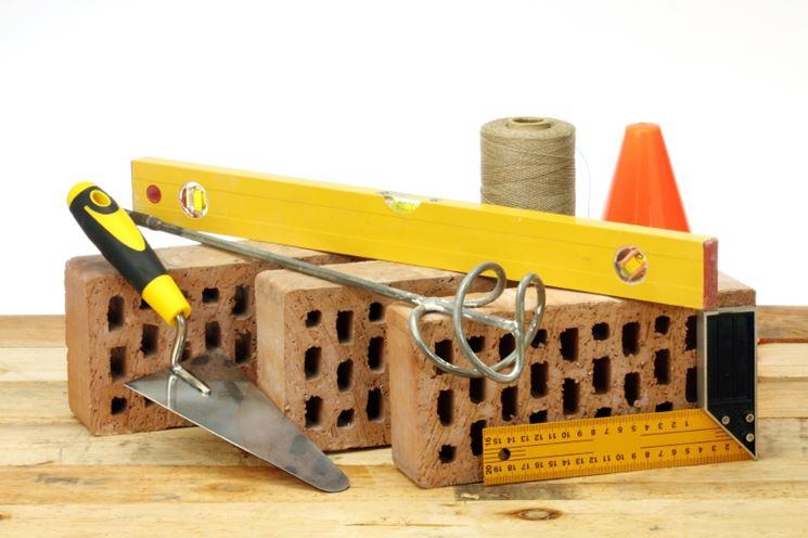Alcuni utensili per muratura fai da te
