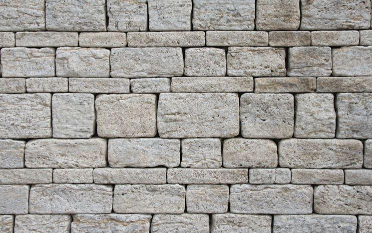 Costruire muro a secco