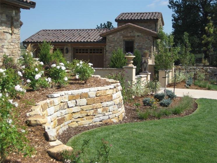 muro di sostegno per giardino