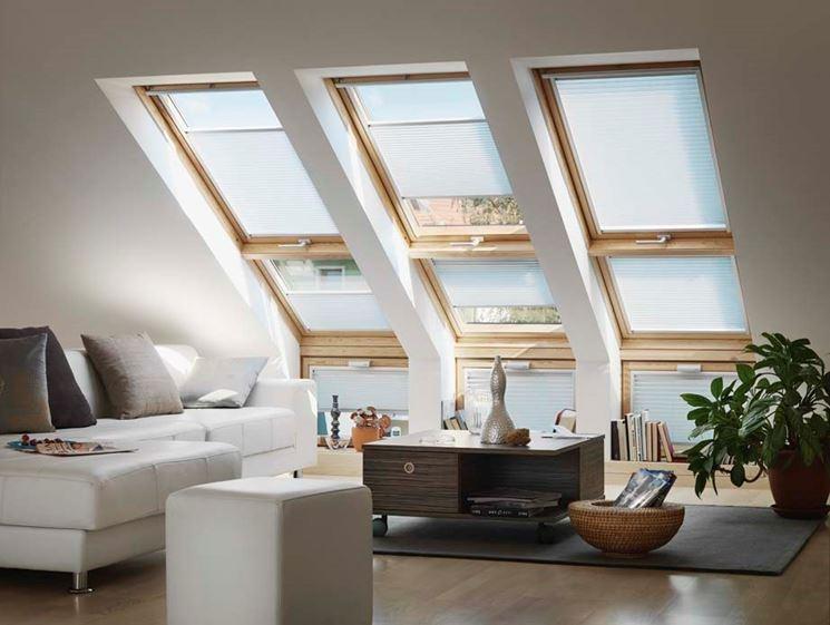 Finestre per tetti finestre lucernari caratteristiche for Lucernari per tetti