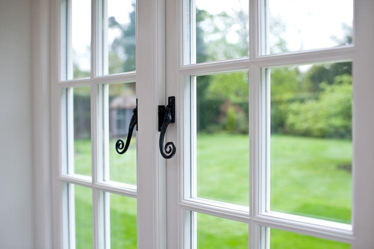 Infissi pvc infissi casa vantaggi degli infissi in pvc - Costo finestre doppi vetri ...
