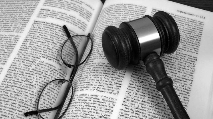 Libro di diritto<p />