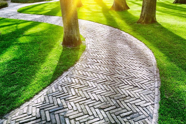 Pavimentazione giardino pavimenti per esterni consigli per scegliere la pavimentazione da - Pavimentazione giardino in legno ...