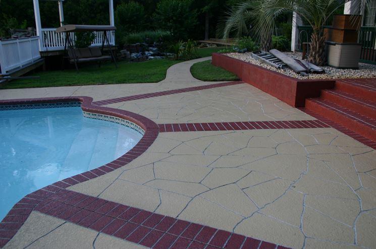 Pavimentazione in cemento stampato per esterni