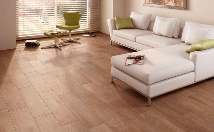 Pavimento interno in gres porcellanato effetto legno