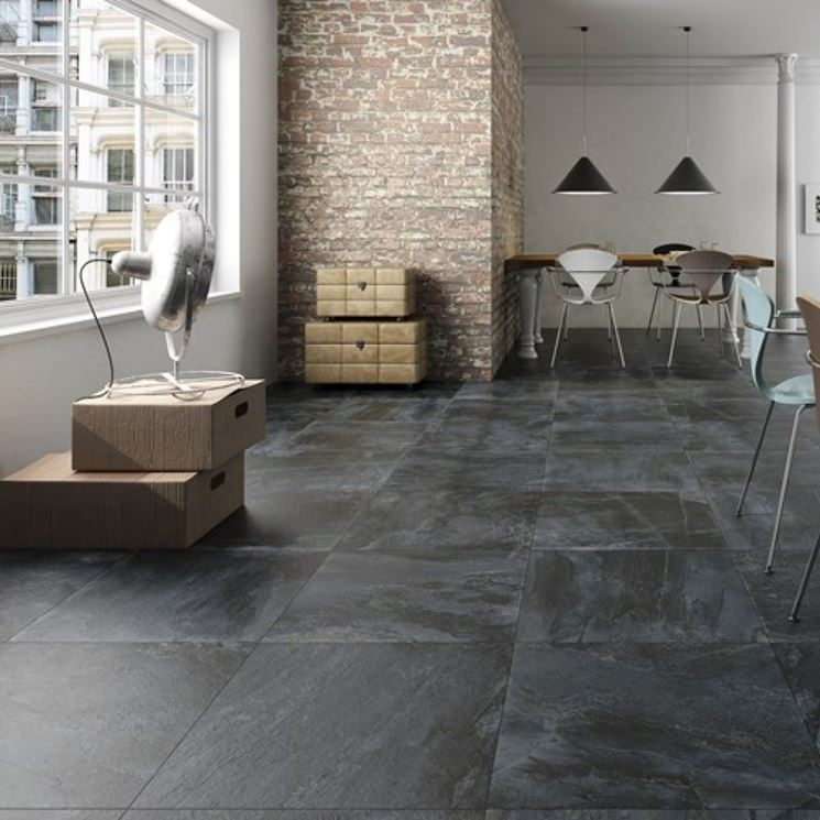 Ardesia pavimenti piastrelle per casa la bellezza dei - Piastrelle in ardesia ...
