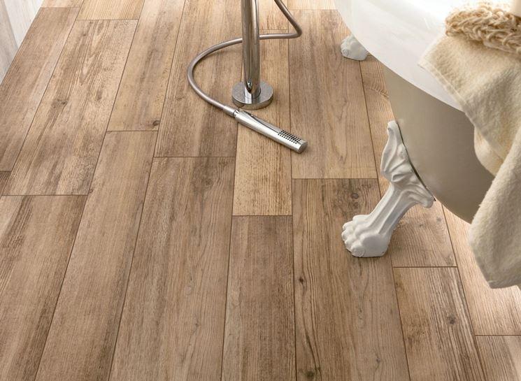 pavimento ceramica effetto legno
