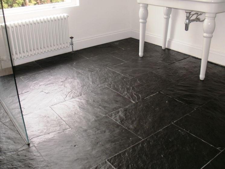 Pavimenti in ardesia piastrelle per casa - Ardesia in cucina ...