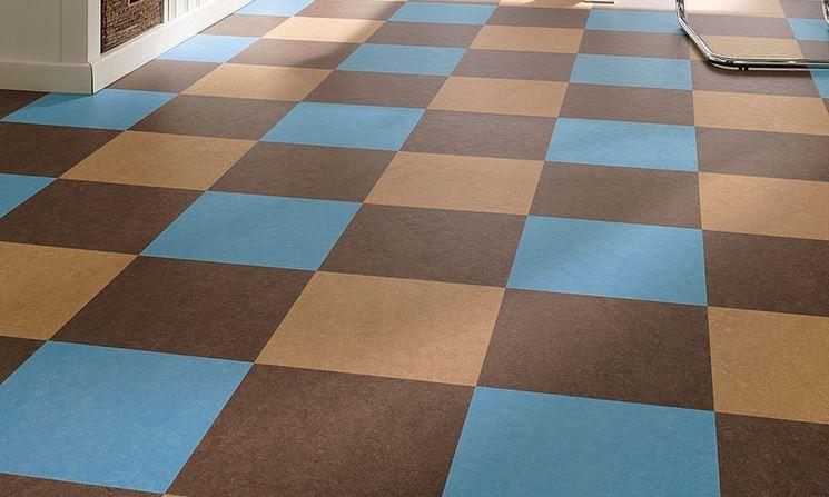 Pavimenti linoleum piastrelle per casa vantaggi dei pavimenti in linoleum - Piastrelle linoleum autoadesive ...