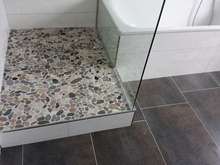 Pavimento a mosaico piastrelle per casa tipologia pavimentazione - Doccia a pavimento mosaico ...