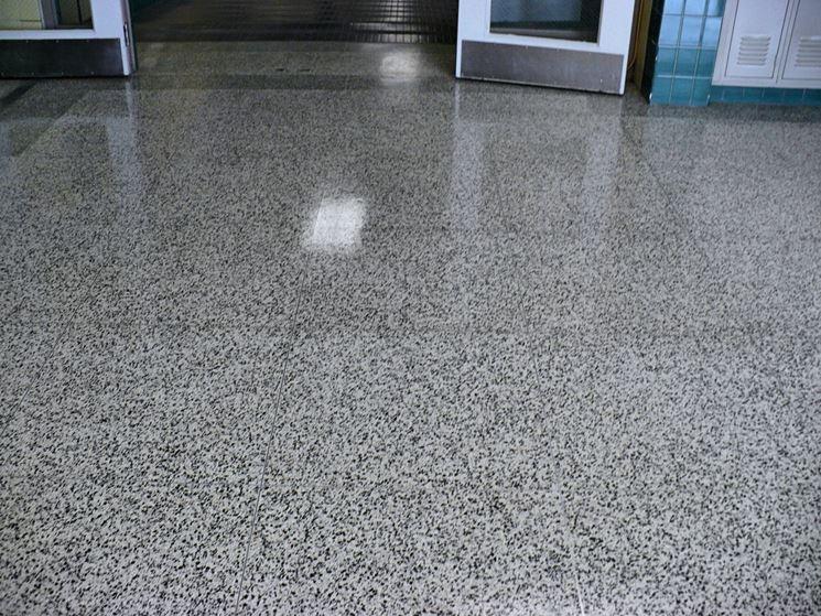 Pavimento di piastrelle in graniglia