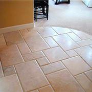 Esempio di pavimenti in ceramica