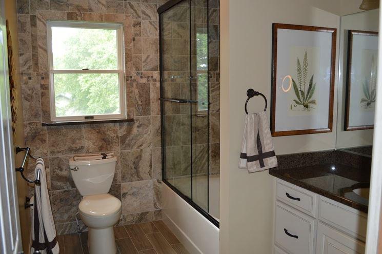 Rivestimenti per bagno in pietra