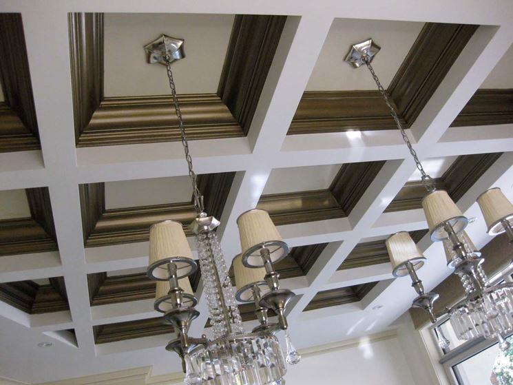 elegante soffitto a cassettoni