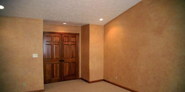 Colori per pareti costruire pareti verniciare casa - Tinte per pareti di casa ...