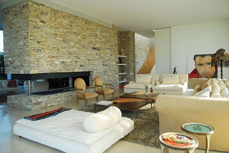 Pareti in pietra - Costruire pareti - Pareti in pietra caratteristiche