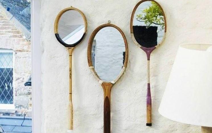 Racchette riciclate divetano specchi