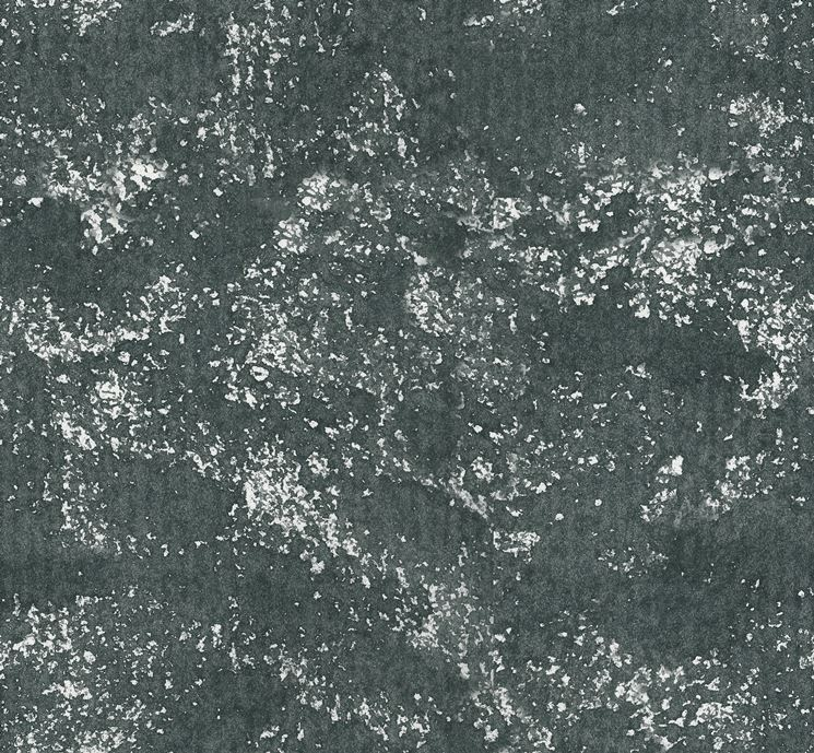Spugnatura parete scura