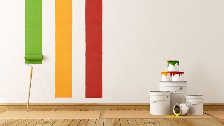Pitturare la casa con i colori