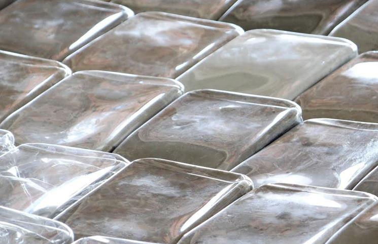 Esempio di tegole in plastica