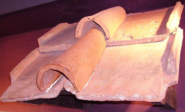 Tegole antiche di epoca romana