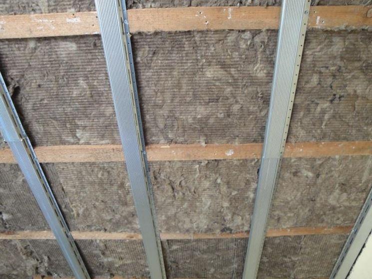 Isolamento termico acustico applicato al soffitto