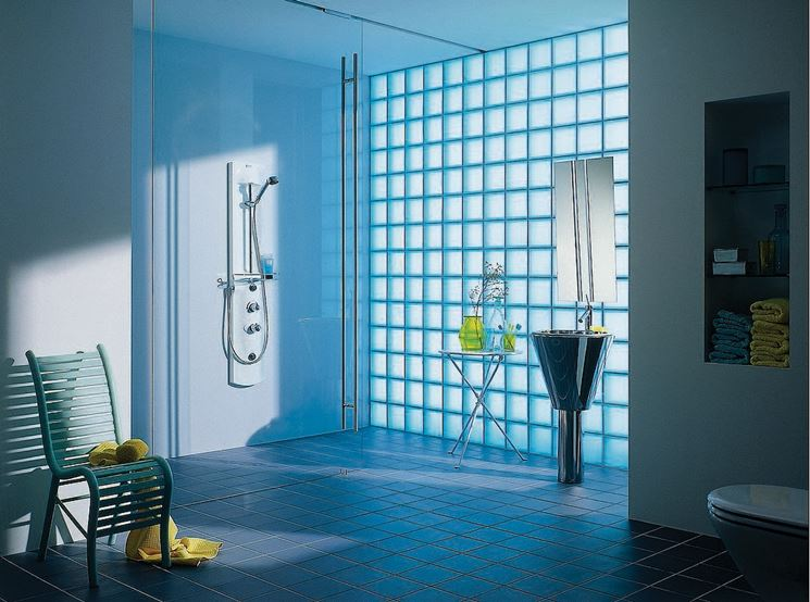 parete in vetrocemento per bagno
