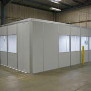 Ambiente con pareti prefabbricate