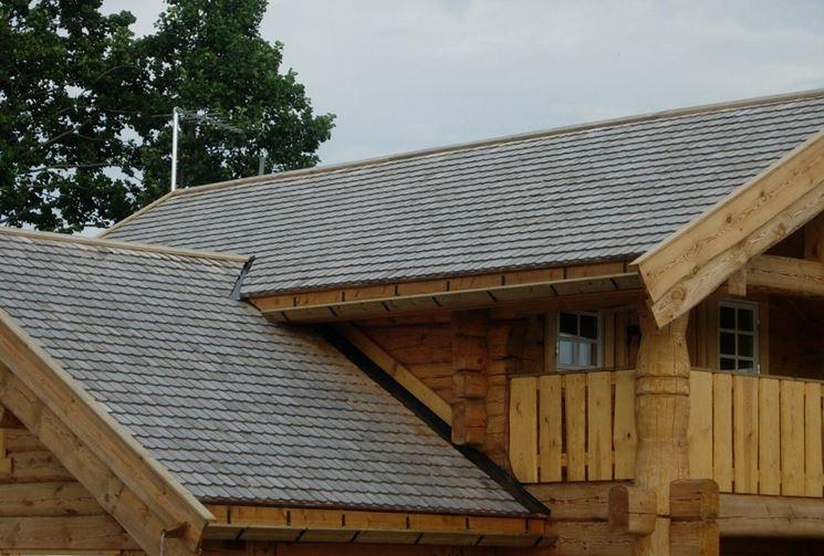 Copertura tetto in legno rivestimento tetto realizzare - Copertura a tetto ...