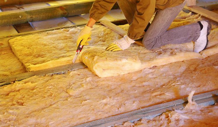 Materiale isolante solitamente usato per isolare il tetto