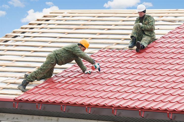 Realizzazione di una copertura per tetti