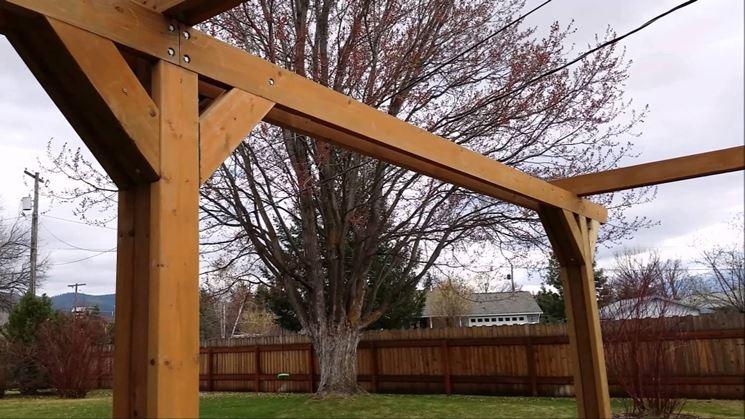 struttura in legno per tettoia