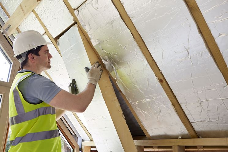 Lavori per l'isolamento termico tetto