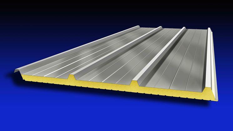 Esempio di lastra di copertura tetto