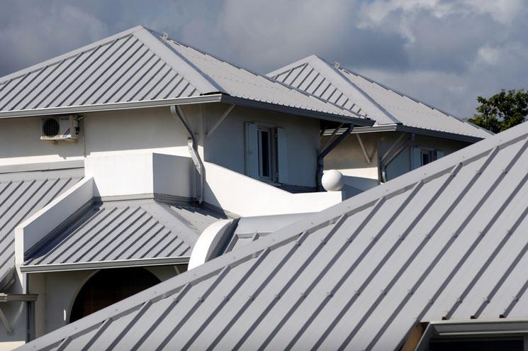 esempio tetto in alluminio