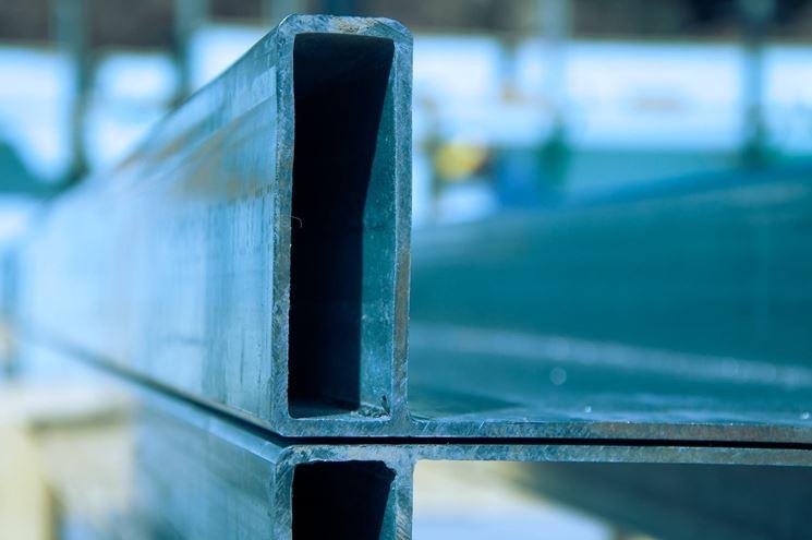 Trave d'acciaio vista da vicino