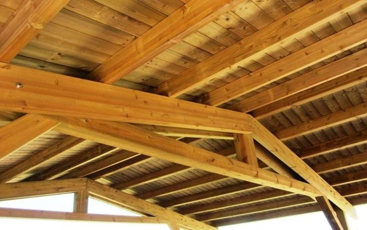 tetti con travi in legno lamellare